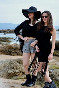 Black and fringes for Coachella