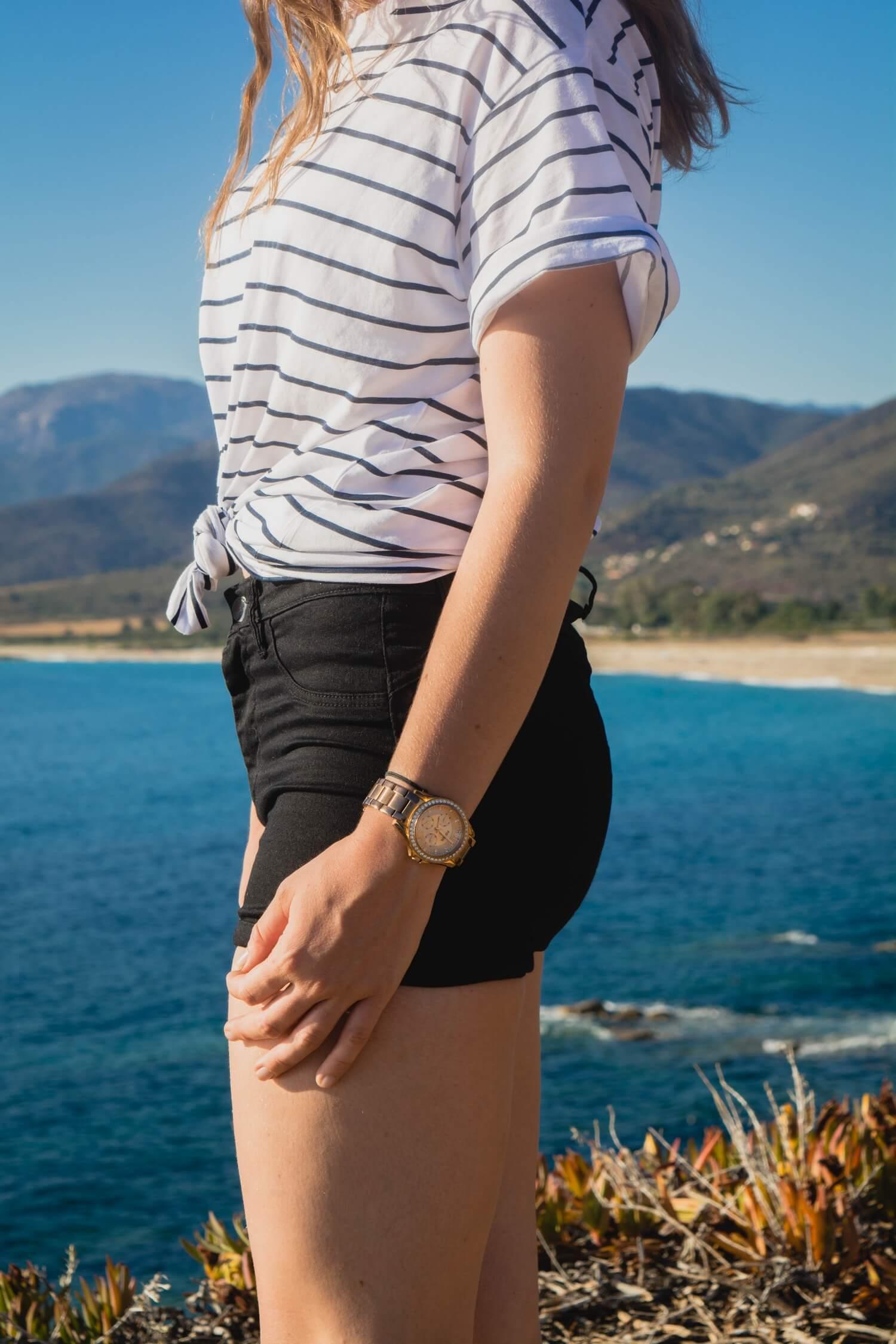 Le t-shirt oversize est très tendance cet été ! Voici comment j'ai décicé de porter mon t-shirt oversize de chez Tally Weijl (plus de détails sur happinesscoco.com) | Blog Corse