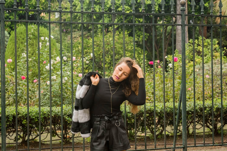 La semaine de la mode s'achève sur le blog avec ce dernier look et mon manteau en fourrure Mango | happinesscoco.com