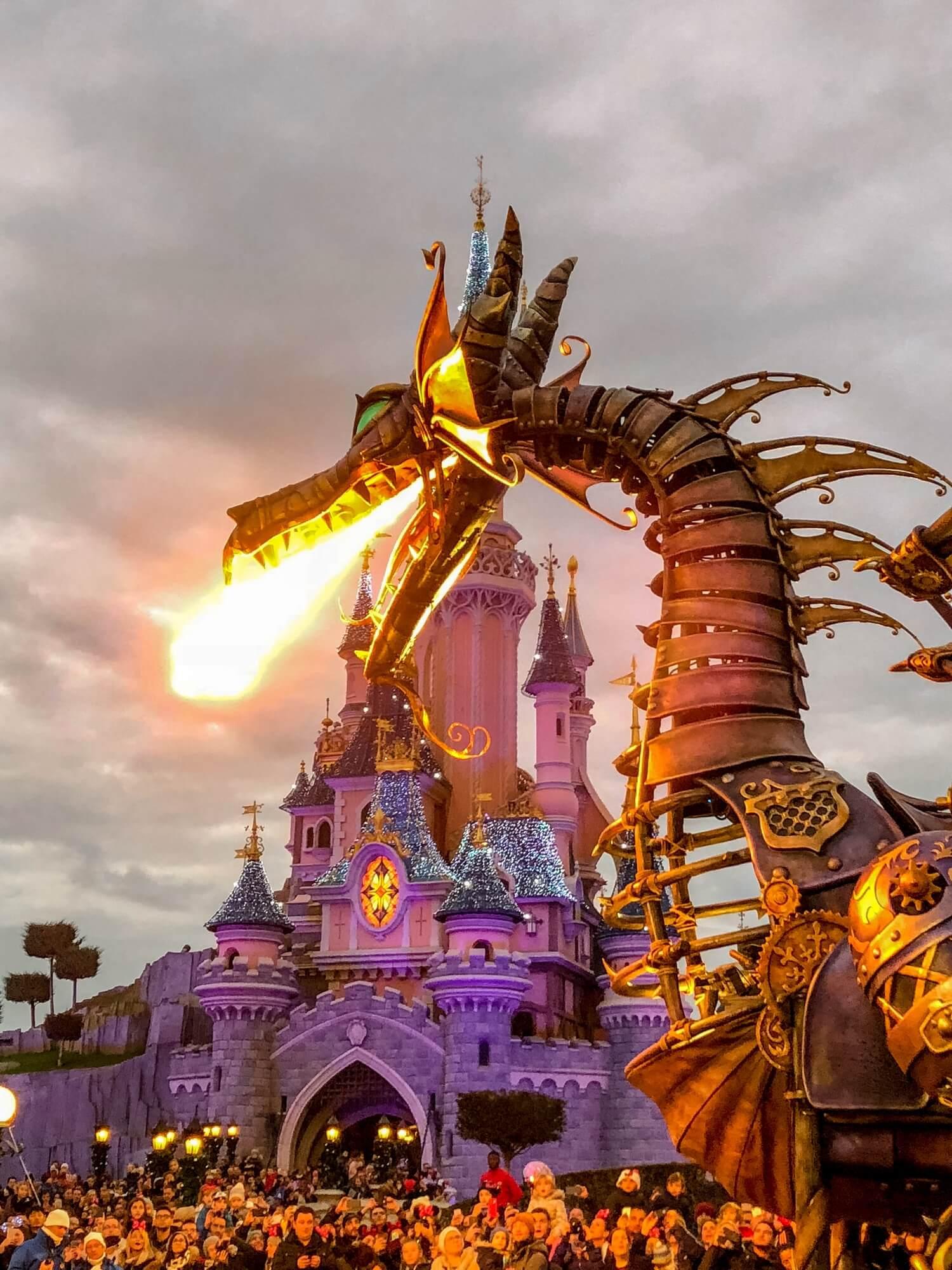 Un noël à Disneyland Paris et premier vlog voyage | happinesscoco.com