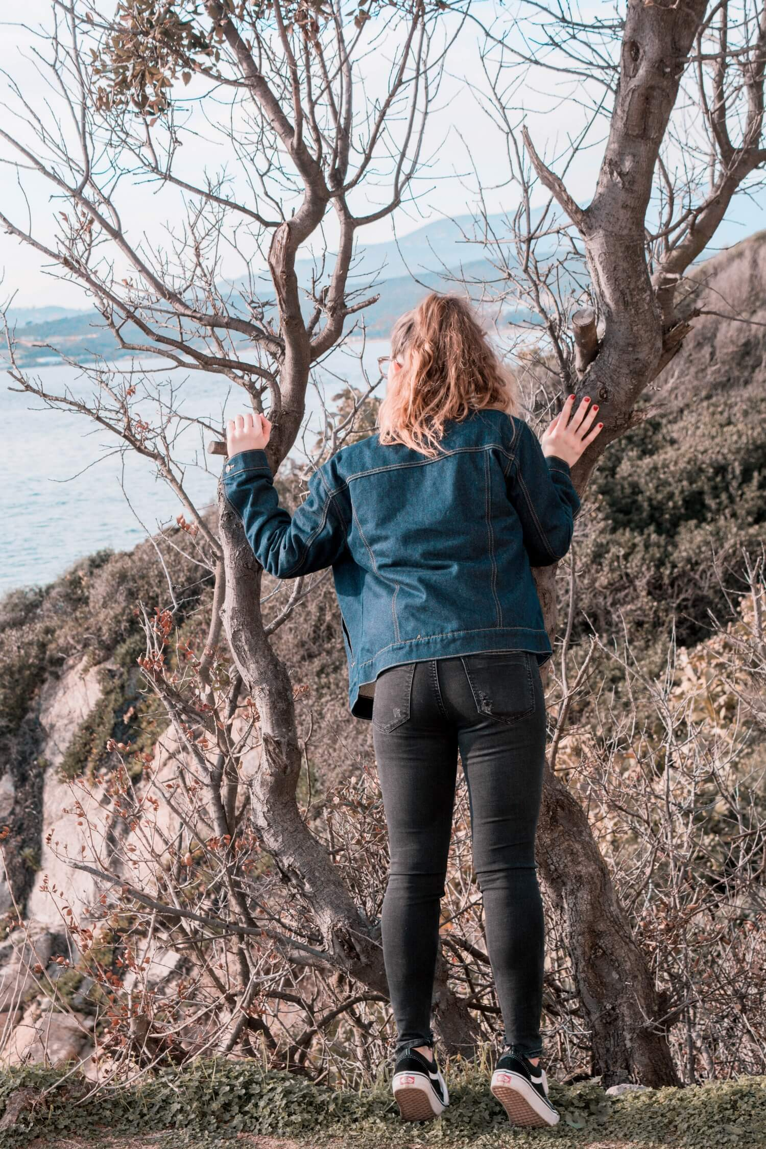 La veste en jean moumoute Pull and Bear un must-have de cet hiver | happinesscoco.com