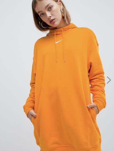 Asos Nike – Exclusivité ASOS – Hoodie long – Orange