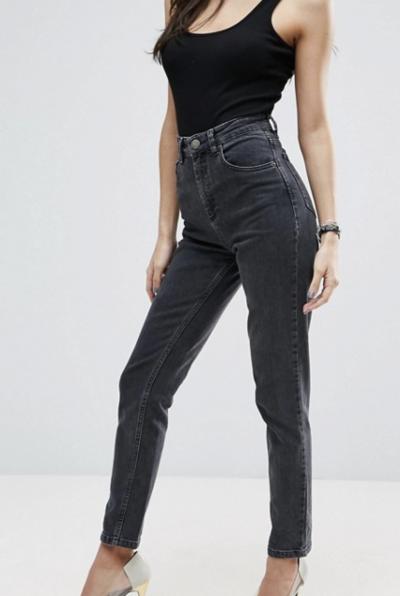 ASOS DESIGN – Farleigh – Jean mom slim taille haute – Noir délavé