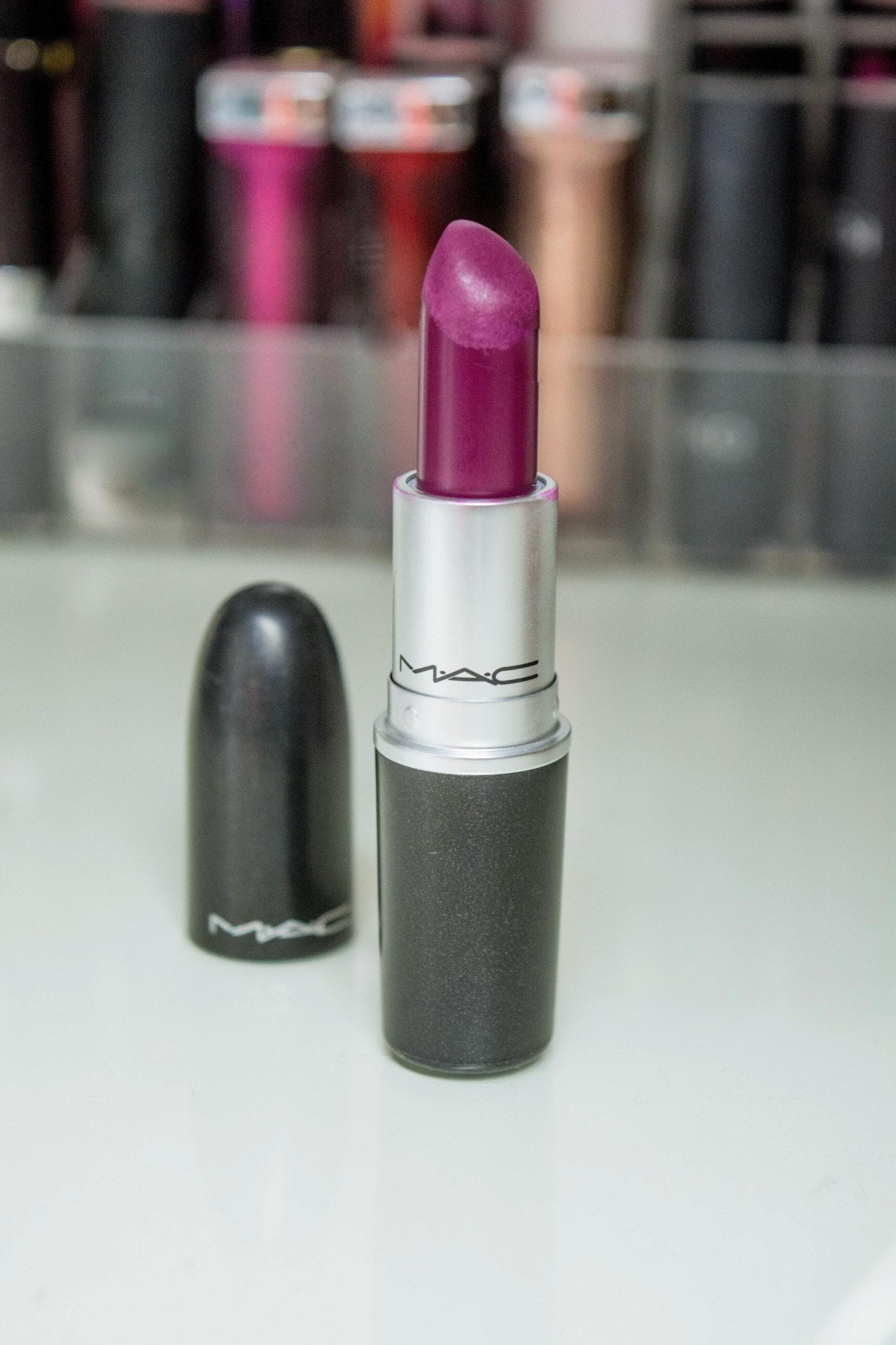 Rouge à lèvres rebelle Mac Cosmetics : Mes 5 rouges à lèvres préférés pour cet hiver 2019 - happinesscoco.com