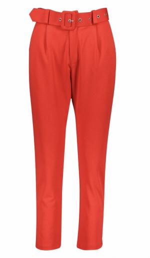Boohoo Pantalon ajusté à ceinture rouge