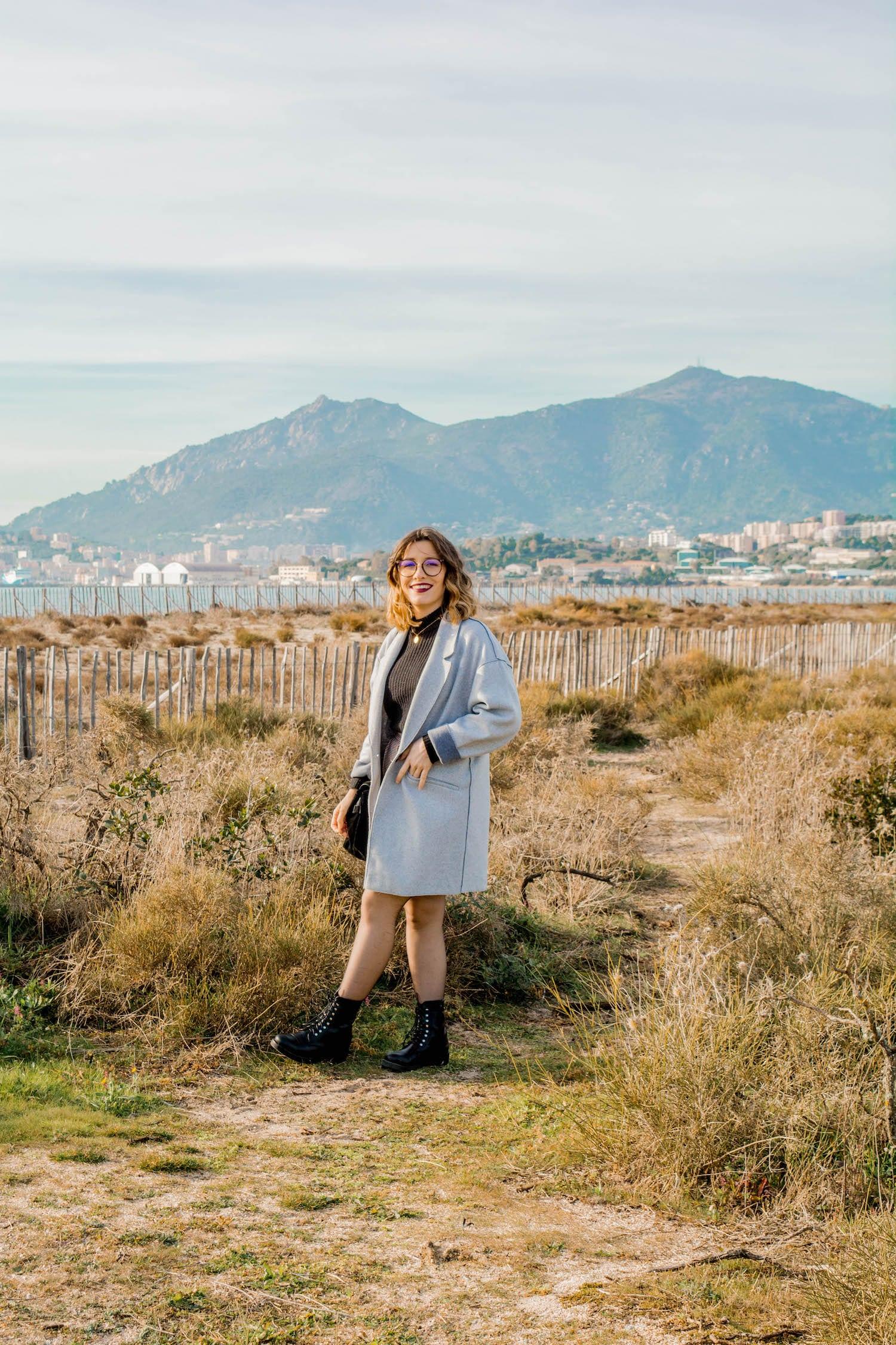 Nouvelle tenue sur mon blog avec ma jupe taille haute Kiabi - happinesscoco.com