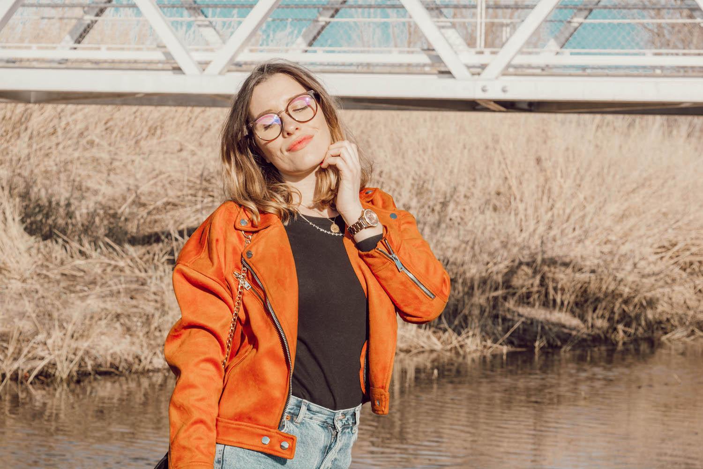 Nouvel article look avec mon perfecto rouille oversize et crop-top de chez Primark - happinesscoco.com