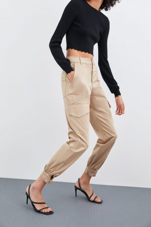 Zara PANTALON BATTLE SATINÉ
