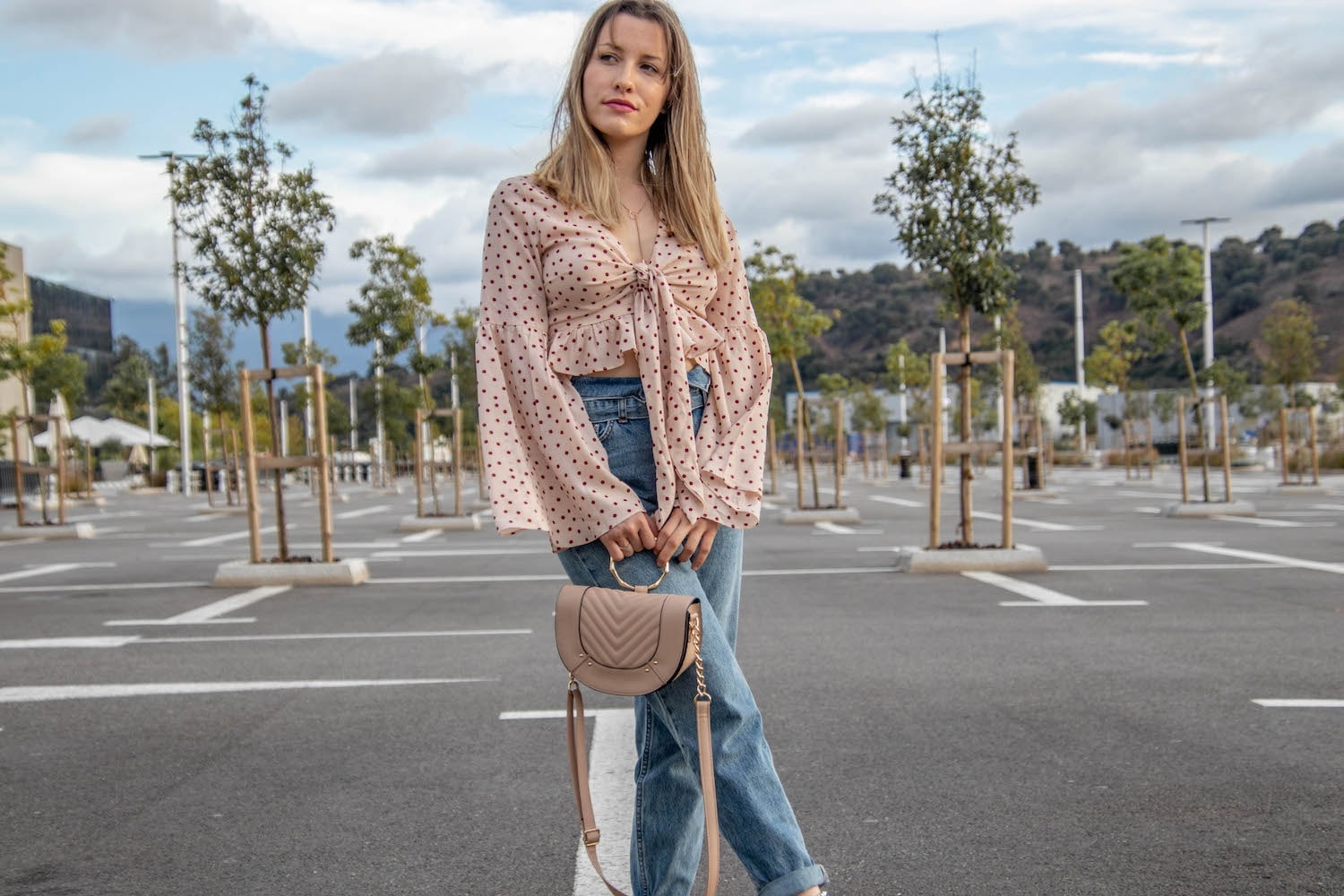 A touch of summer avec une nouvelle tenue - happinesscoco.com