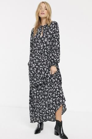 New Look – Robe babydoll manches longues à petites fleurs nouée à l'encolure