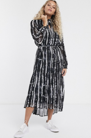 Only – Robe longue effet tie-dye avec col montant