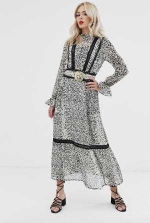 ASOS DESIGN – Robe longe à imprimé léopard avec empiècements en dentelle et ceinture à boucle