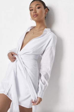MissGuided robe chemise blanche à rayures, décolleté plongeant et liens à nouer à la taille